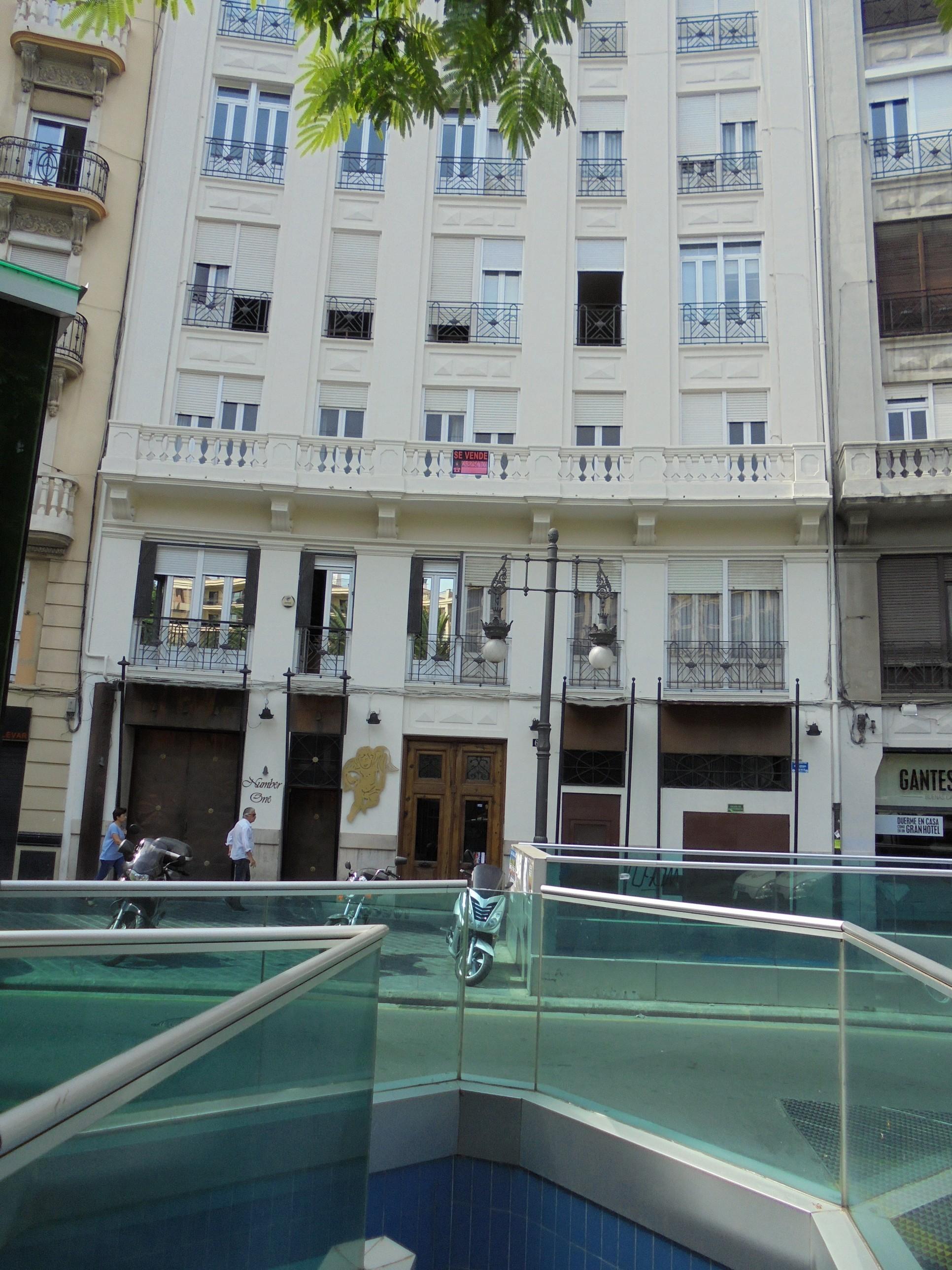 Plaza Canovas,6 – Valencia